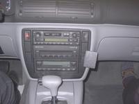 Brodit angled mount v. VW Passat 97-04