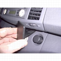 Brodit angled mount v. Nissan Micra 03-