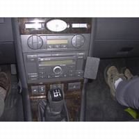 Brodit angled mount v. Ford Mondeo 04-07