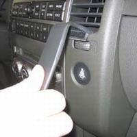 Brodit angled mount v. Nissan Pathfinder 05-