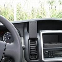 Brodit center mount v. Renault Trafic 11-14