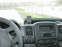 Brodit center mount v. Renault Trafic 15-