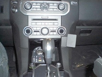 Brodit angled mount v. Land Rover Discovery 4 10-17