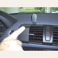 Brodit center mount v. BMW 1-reeks 05-11